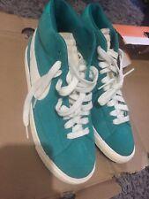 Nike Blazer MidTop PRM Scarpe Da Ginnastica Verde Taglia 7 Box Nuovo di zecca in RRP 75
