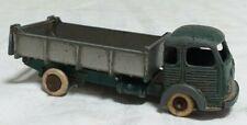 Petite voiture jouet ancien Dinky Toys camion Simca