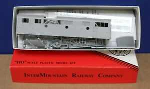 Intermountain HO 44596 F-7B Locomotive Shell Kit w Farr Grille Undecorated