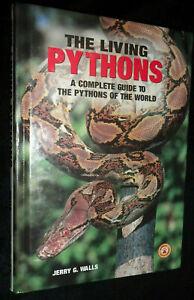 The Living Pythons /  Jerry G. Walls | V/G HB, 1999