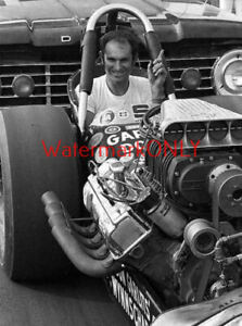 """Don """"Big Daddy"""" Garlits in His 1969 Top Fuel """"Slingshot"""" Dragster PHOTO! #(8)"""