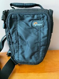Convenient & Minimal Camera Bag - Lowepro Toploader zoom 50AW