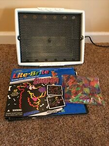 VINTAGE 1999 LITE BRITE Hasbro Light Bright with Pegs.   #A66