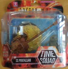 DOCTOR WHO TIME SQUAD SPACESHIP SS PENTALLIAN + TIME SQUAD FIGURE CARDED/SEALED