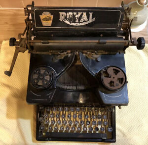 Rare Early Antique Model 10 1913 Royal Typewriter