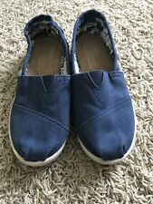 Kids TOMS Slipon Shoes Size 1Y Navy