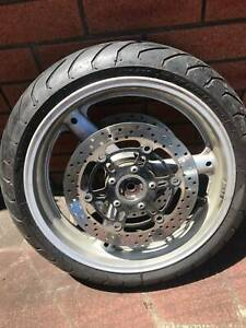 Front wheel j17m/cxmt3.50 dot Yamaha R6/Suzuki SV650/100 etc