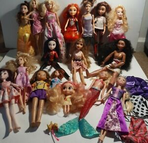Huge Mixed Doll Lot All With Clothes Disney Princess Descendants Mc2 barbie mlp