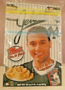 Jeter's Frosted Flakes Cereal NY Yankees New & Sealed Used By Date OCT 02 2000