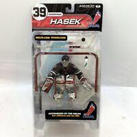 McFarlane 2000 NHLPA Dominik Hasek Goalie Figure - Series 2 - Brand New Sealed!