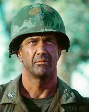 MEL GIBSON AS LT. COL. HAL MOORE FR Poster Print 24x20""