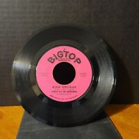 """Johnny And The Hurricanes - Old Smokie / High Voltage 45rpm 7"""" Single 1961"""