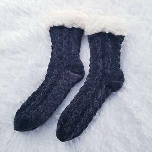 Muk Luks A La Mode NWOT Chenille Sherpa Lined Socks Women's S | M 5-8 Black