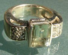 M&M Fine Gemstone Rings