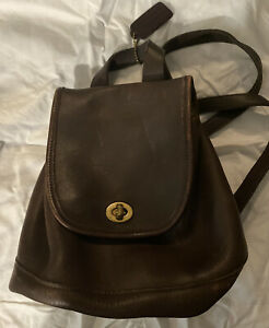Vintage Coach 9960 Brown Leather Daypack Purse Backpack Brass Turnlock