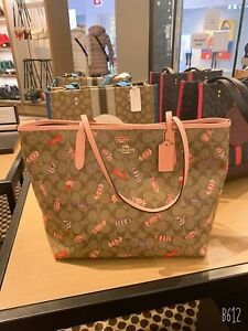 NWT COACH City Tote In Signature Canvas With Candy Print