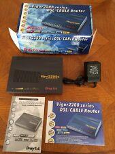 Draytek vigor 2200E DSL Routeur et Commutateur. WOW! THATS £ 3 par port