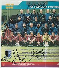 GILLINGHAM 1998-1999 ORIGINAL HAND SIGNED TEAM GROUP WITH 29 X SIGNATURES
