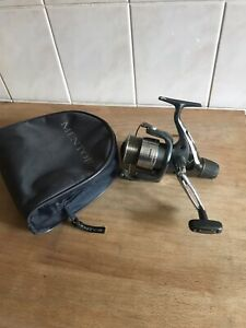 Shimano Nexave 4000 RA reel with case. Full Working Order.