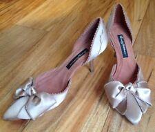 Beverly Feldman Aloha My Diva Mauve Satin Heels 6.5 M Closed Heel