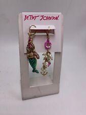 Betsey Johnson Pave Mermaid Bear & Pearl Cluster Mismatch Drop Earrings Z71