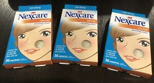 3M Nexcare ACNE ABSORBING COVERS work Like A Sponge To Absorb Pus & Oil / 3 Pack