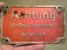 WW2: Plaque aluminium Allemande en relief originale Luftwaffe.