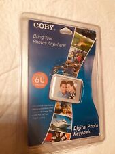 """COBY DIGITAL PHOTO FRAME HOLDS 60 PHOTOS KEYCHAIN 1.5"""" LCD"""