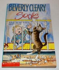 SOCKS BY BEVERLY CLEARY PAPERBACK BOOK