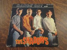 45 tours dance on with THE SHADOWS dance on!