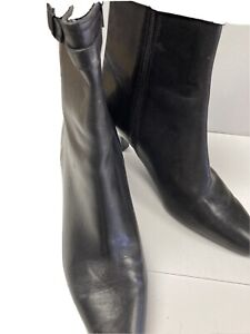 Ann Taylor Leather Booties,Blk, 7M.side Zip&kittem Heels. Excellent Condition.