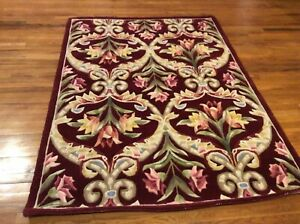 Royal Palace 5' x 7' Wool Floral Panel Area Rug Garnet H223628
