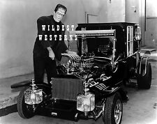 Munsters Coach Poster 24in x 36in