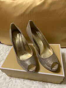 michael kors Rubber Outsole Gold Glitter Peep Toe Size 7M