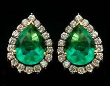 Exclusive Stud Style Earrings in 18k Yellow Gold With Emerald & Real Diamonds