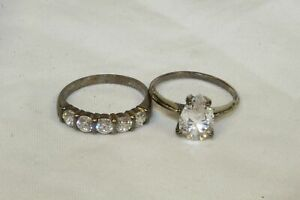 Pair of 925 Silver Rings With Clear Stones.