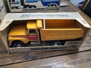RARE NIB 1977 vintage Ford Nylint 840 Highway Road Builders Husky Dump Truck