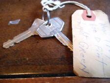 Vintage Key 1964 Fiat 600 D #E08 with Fist #231