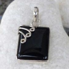 Markenlose Onyx Echtschmuck-Halsketten & -Anhänger mit Cabochon-Schliffform