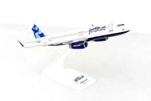 Daron Skymarks Jetblue A320 1/150 Blueberries Model Aircraft