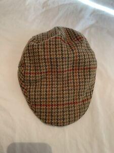 Hoggs Of Fife Tweed cap