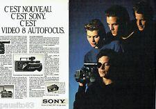 PUBLICITE ADVERTISING 116  1985  Sony ( 2pages) la Vidéo 8 Autofocus  caméra mag