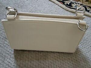 Miche Classic Base Cream Retired Medium Size Purse Pocketbook Bag