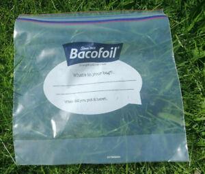 Bacofoil Safeloc Food & Freezer Bags Double Seal Medium(27x24cm)