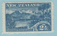 NEW ZEALAND 111  MINT HINGED OG * NO FAULTS VERY FINE !