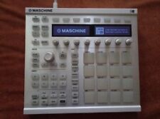 Native Instruments Maschine MK2 White with software
