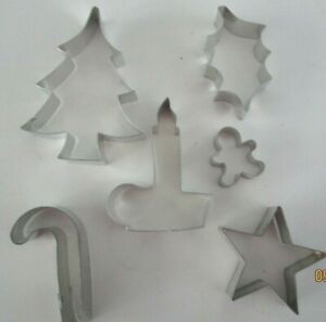 CHRISTMAS COOKIE CUTTERS..SET OF 6