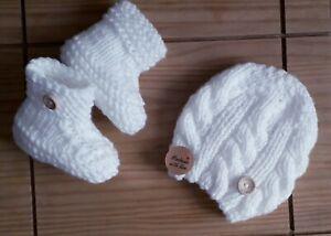 Weiß/handgefertigter Doppel Strick Baby Set Mütze und Booties 0-3 ALLINONE