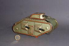 Uralter früher Gely Panzer / Tank mit Uhrwerk WW1