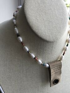 Anthropologie 7 inch gold tone  pearl Beaded necklace w glass beads NWT